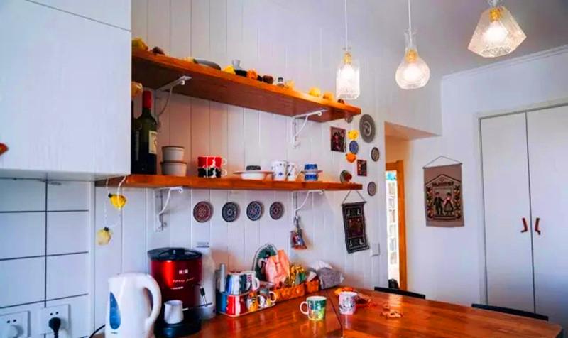 一居 清新 装修 设计 户型 餐厅图片来自高度国际装饰宋增会在54㎡奇葩格局二居的分享