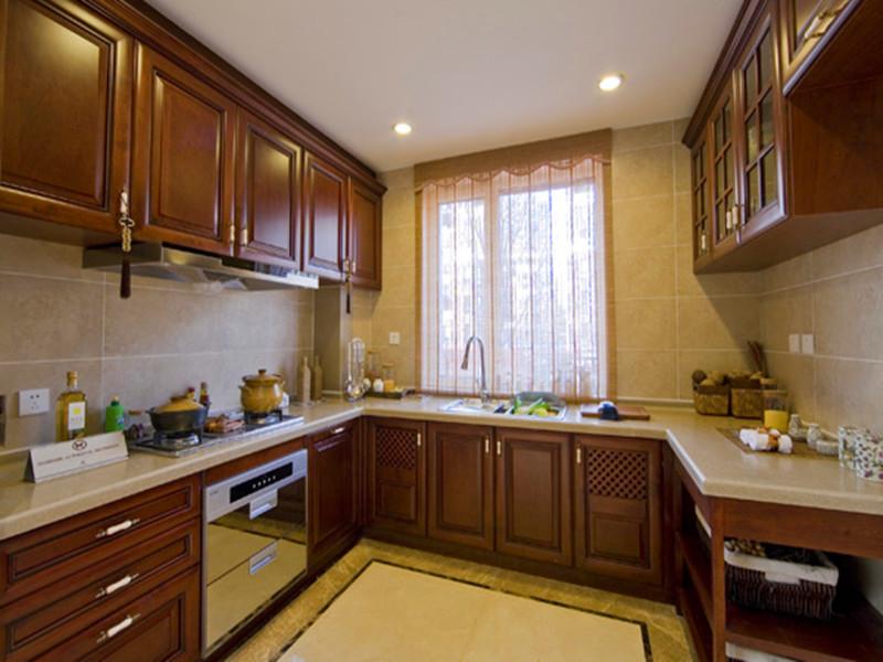 中式 复式楼 收纳 80后 小资 大户型装修 厨房图片来自沙漠雪雨在145平米古色古香传统中式复式楼的分享