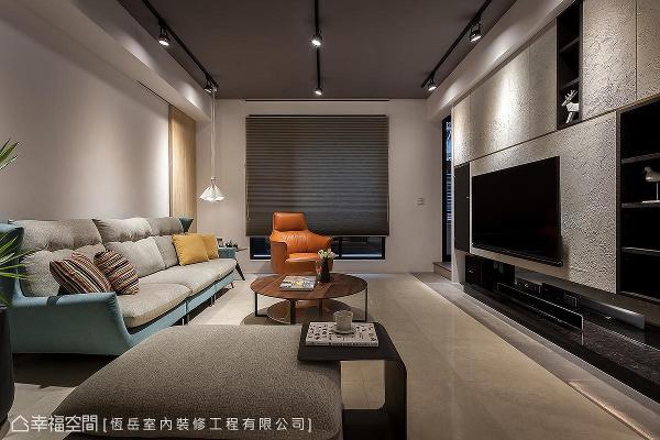 恒岳室内装修工程融合Loft风、日式禅风及现代时尚的特色,烘托温馨、简约、