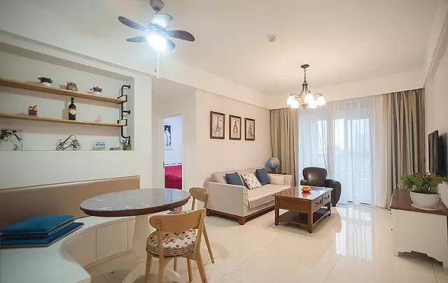 三居 80后 简约 现代风格 旧房改造 客厅图片来自上海实创-装修设计效果图在你搭配得当看人家的81平两居设计的分享