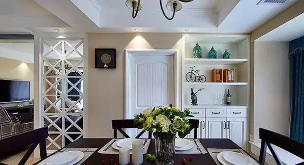 餐厅采用现代温馨的造型,结合美式的搭配,整个感觉是质感又温馨。