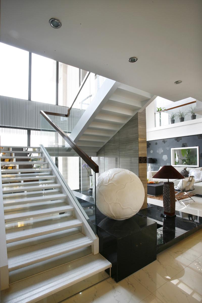 楼梯图片来自二十四城装饰重庆分公司在金科中央御院的分享