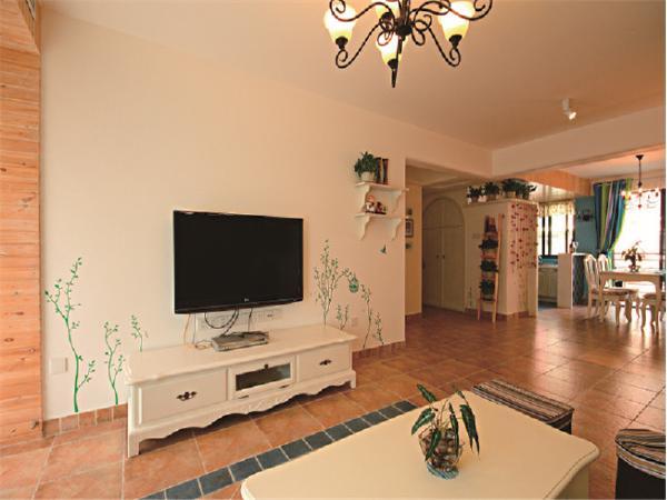 客厅的家具是优雅的雕刻和舒适的设计,将实用性和舒适性发挥到极致!