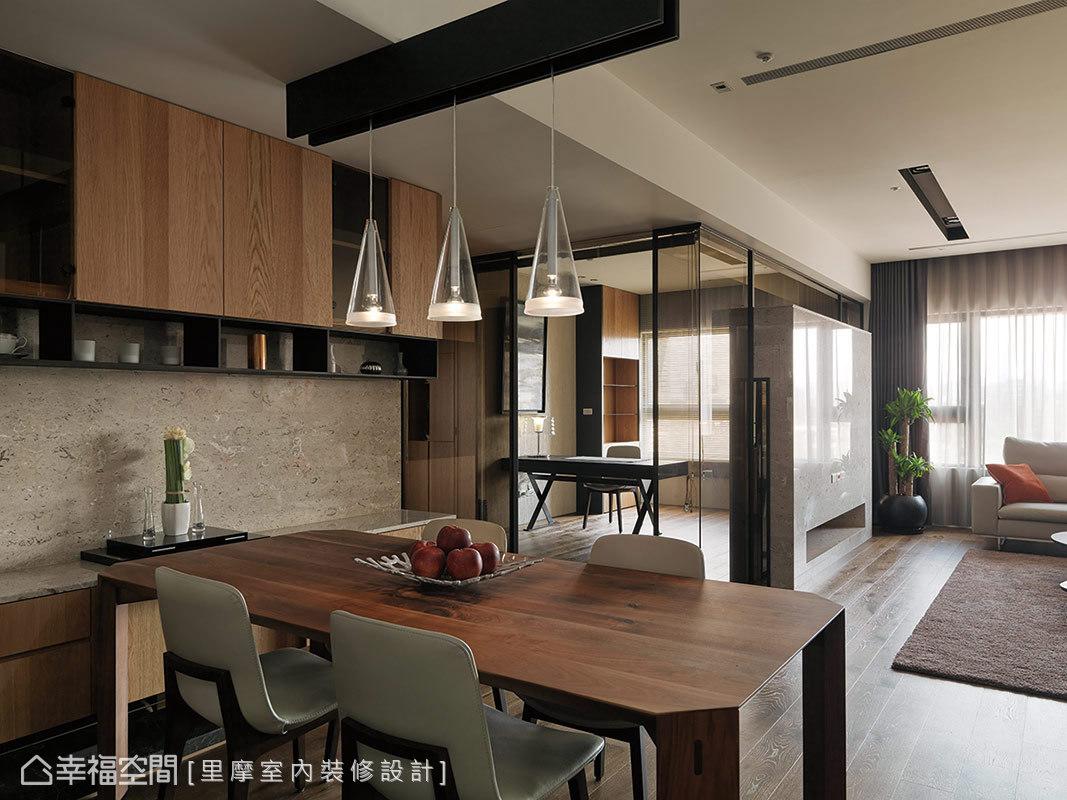 三居 现代 简约 收纳 餐厅图片来自幸福空间在158平轻透暖橘描绘爱的小窝~的分享