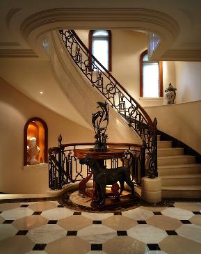 法式 新古典 楼梯图片来自张勇高级室内设计师在凯德麓语法式新古典设计案例效果的分享