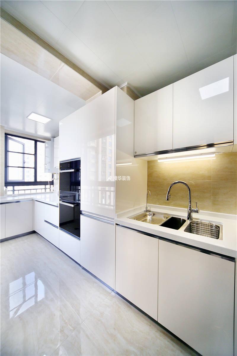 厨房图片来自代徐芳在现代混搭的分享