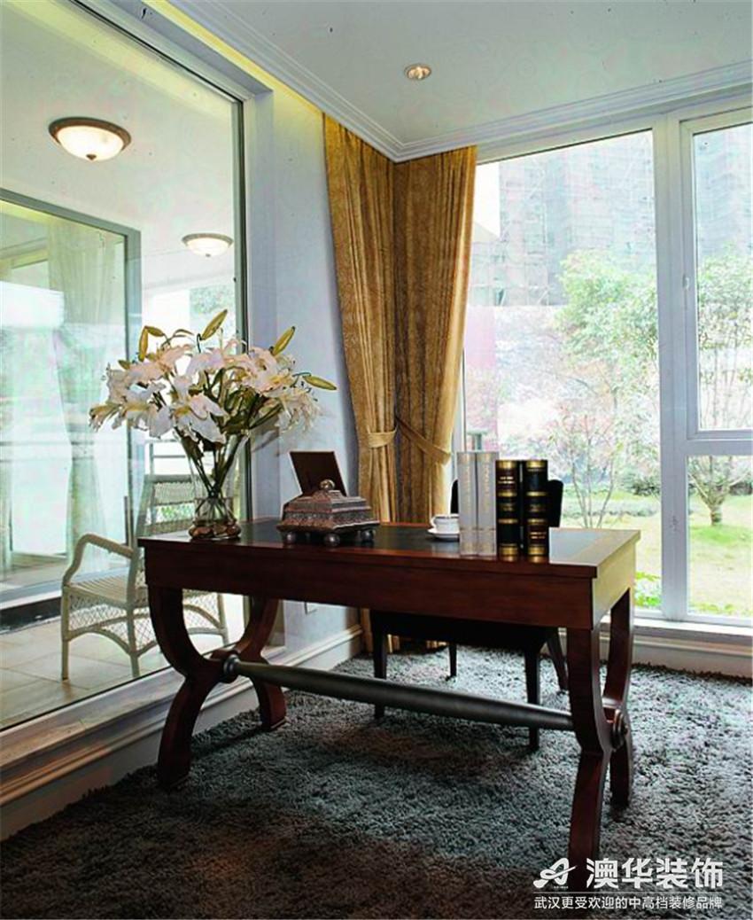 别墅 书房图片来自澳华会所-杨敏在宁静的奢华的分享