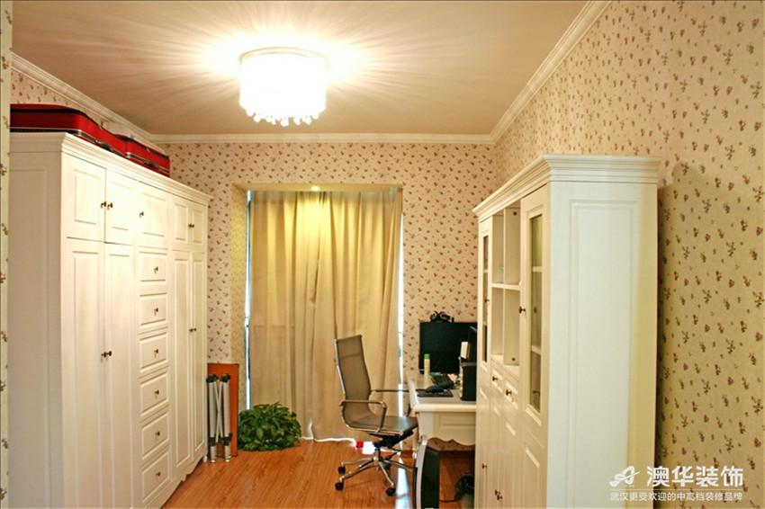 田园 别墅 卧室图片来自澳华装饰-杨敏在欧式田园小清新的分享
