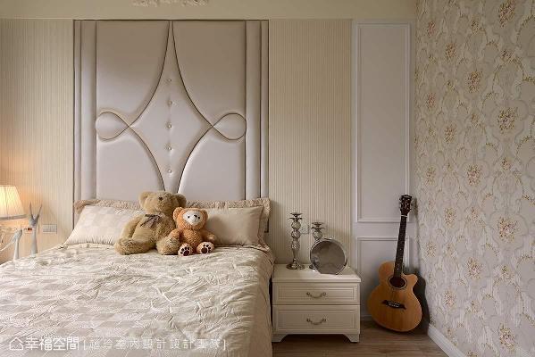 温婉的空间配色,营造浓淡适中、斑斓而柔美的卧眠氛围。