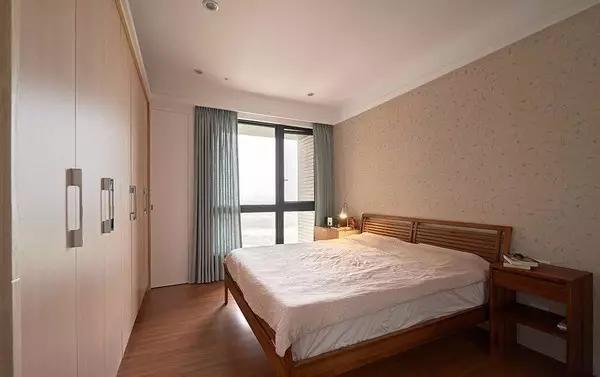 简约 二居 卧室图片来自实创装饰上海公司在86㎡暖色原木风的分享