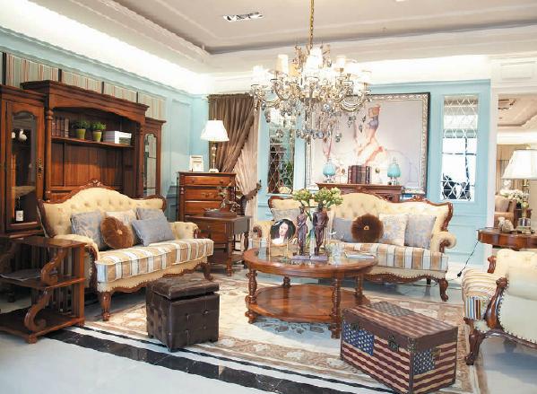 实木风格是将实木元素运用到居家装饰中的家居装饰风格,在搭配装饰时,往往多采用绿色或是粉色的装饰元素。