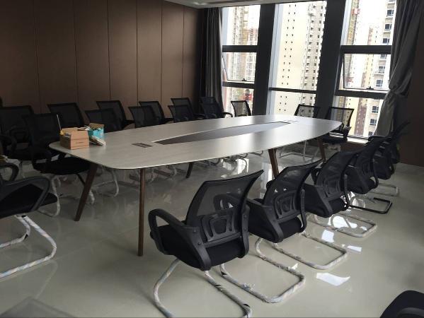 会议室4.2米现代简约会议桌