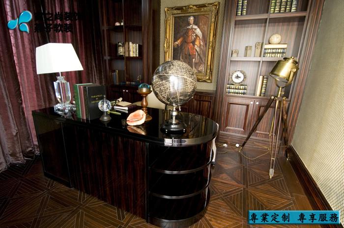 别墅 软装设计 定制家具 新古典 书房图片来自燕子软装在南通样板房/奢华之风来袭……的分享