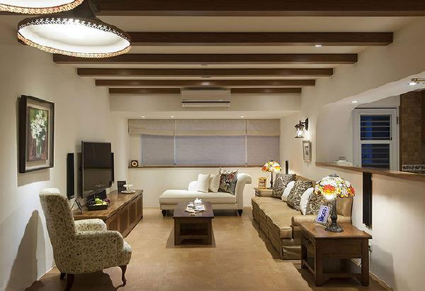 简约的空间线条里,透过格栅天花与家具软装的搭配,让风格真实到位。