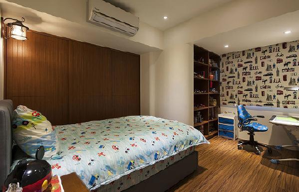 调整隔间墙线条进而塑造内玄关动线,让男孩房有更完整的铺排设计。