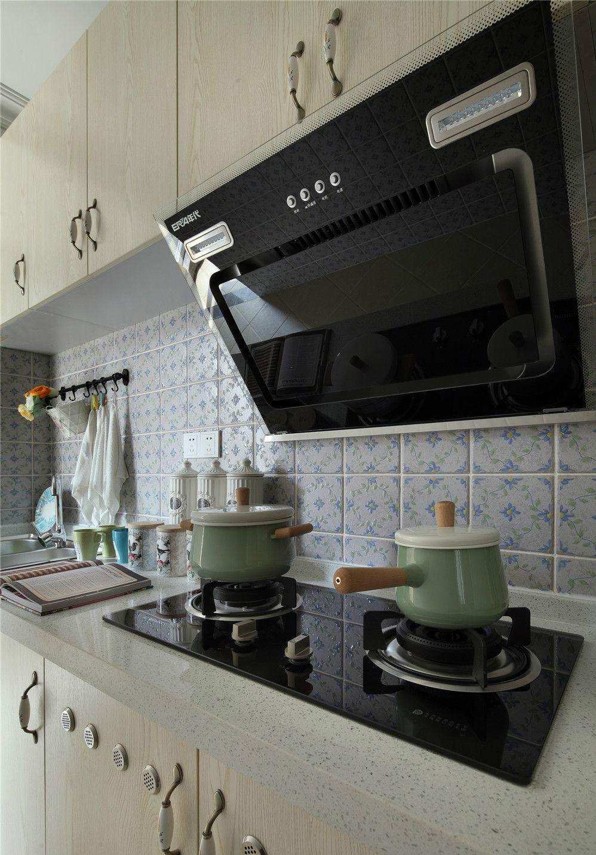 地中海 厨房图片来自上海倾雅装饰有限公司在奥园地中海风格的分享