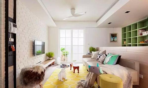 ▲ 客厅电视背景采用白色的文化砖墙,沙发背景用矮墙隔断,注意看屋主家里的凳子、茶几就像是家具动物园,每个都是一个动物形象