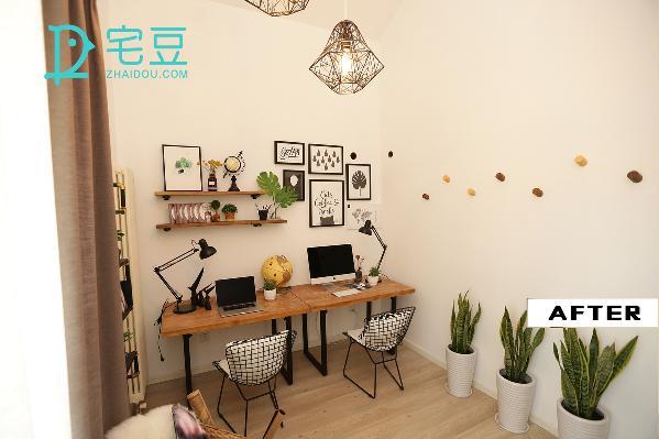 墙上的小原木不仅仅是装饰,还是一个简约的衣物挂架,树脂材质打造出仿木效果,健康又环保,呈现最美纹理。