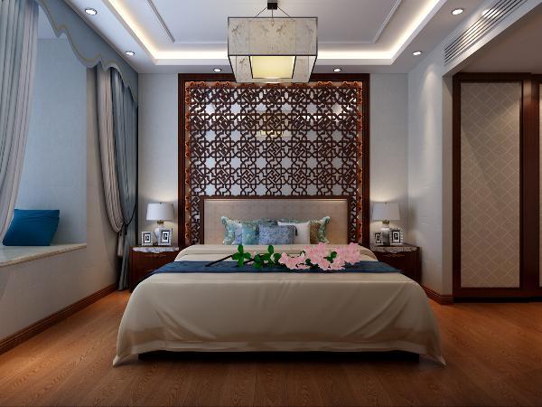 主卧室:地板和床选用温馨厚重的实木色调,床品、挂画、灯具配极简的纹理和色彩搭配。