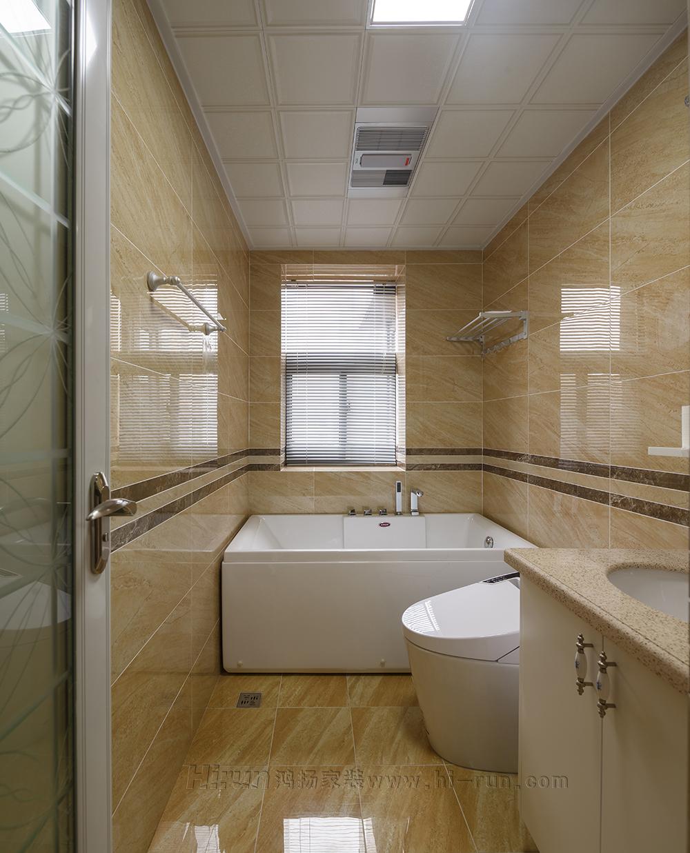 卫生间图片来自鸿扬家装武汉分公司在万锦江城之白色欧风的分享