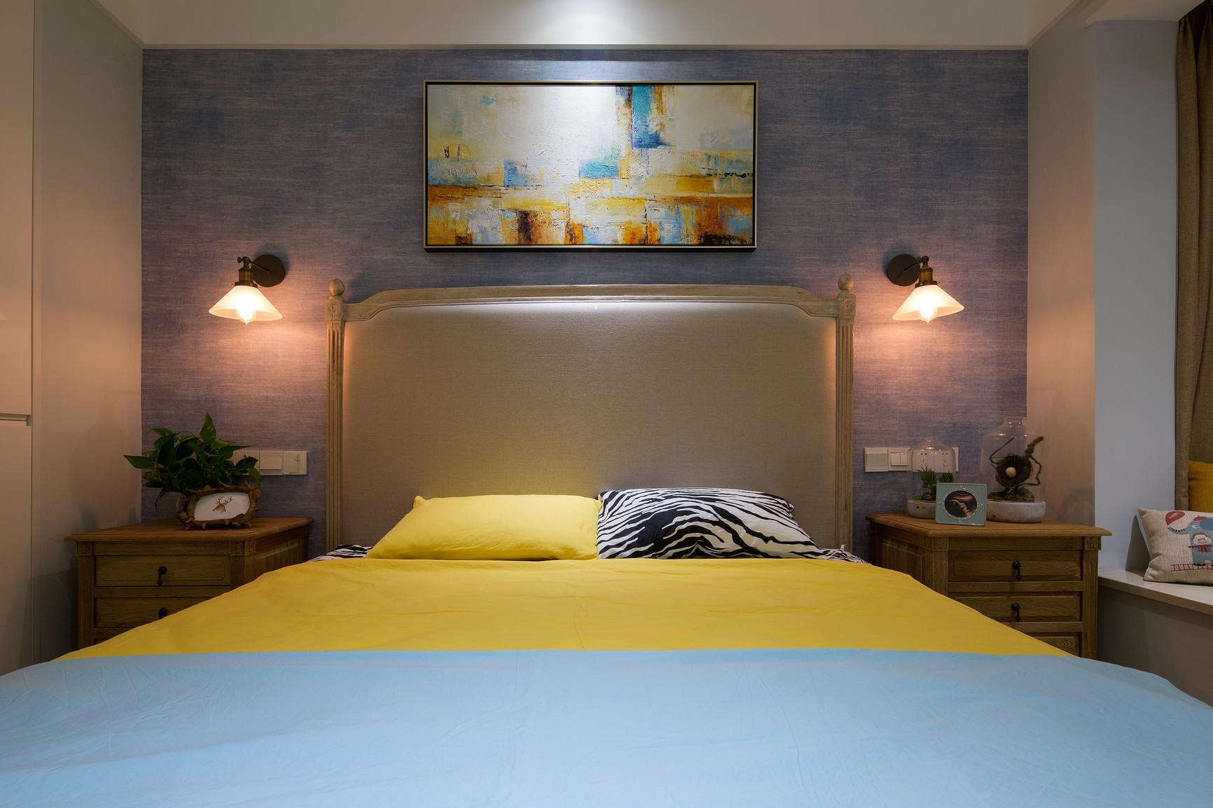 简约 三居 卧室图片来自上海倾雅装饰有限公司在初心的分享
