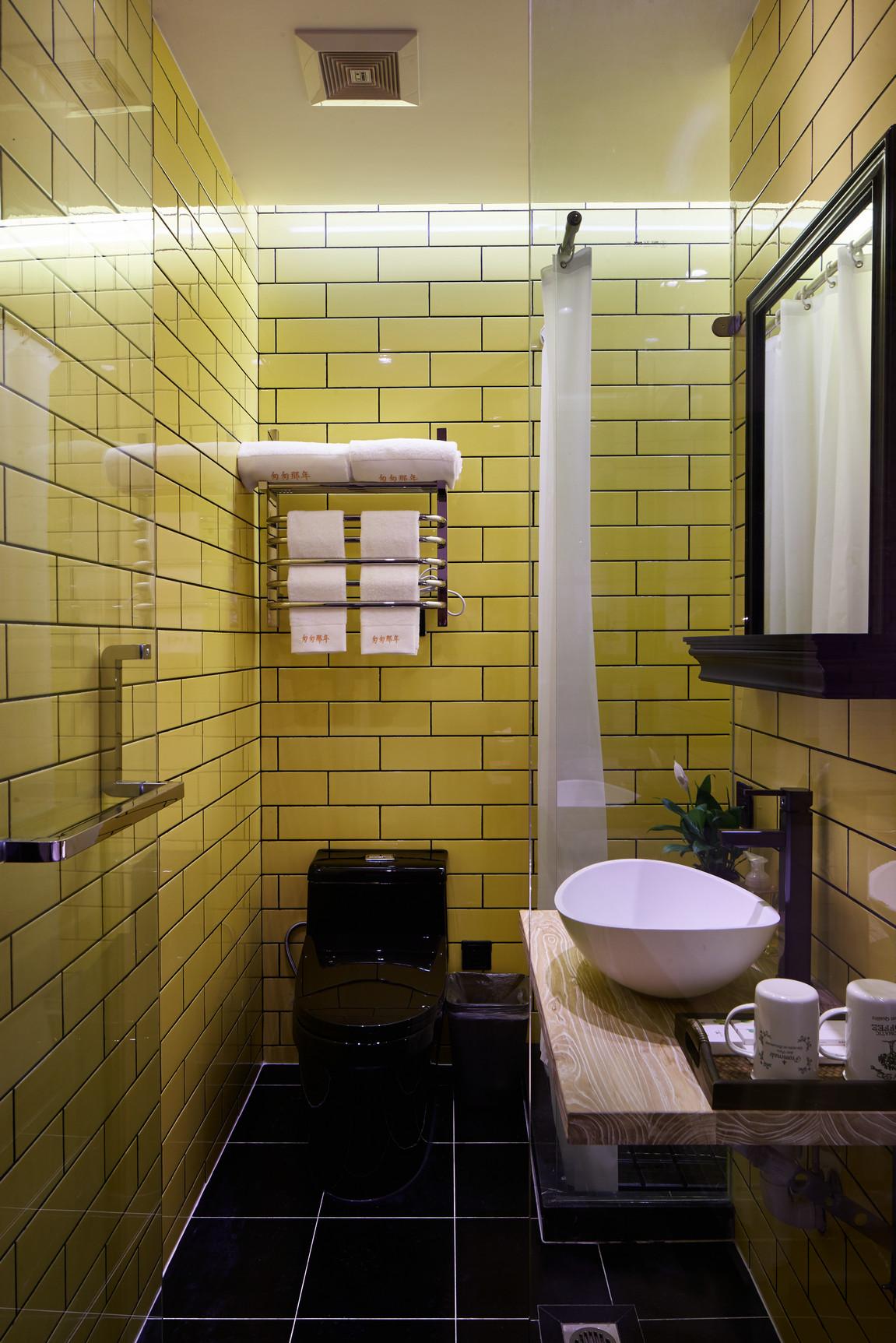 混搭 别墅 80后 卫生间图片来自上海倾雅装饰有限公司在初夏的时光的分享