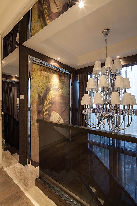 三居 白领 80后 楼梯图片来自上海倾雅装饰有限公司在独角戏的分享