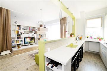 54平具有现代风格的多彩小公寓