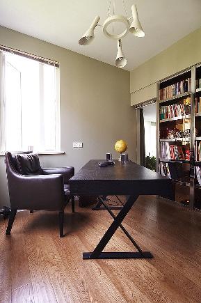 现代 简约 时尚 温馨 书房图片来自九鼎建筑装饰工程有限公司成都分在124平现代简约时尚风的分享
