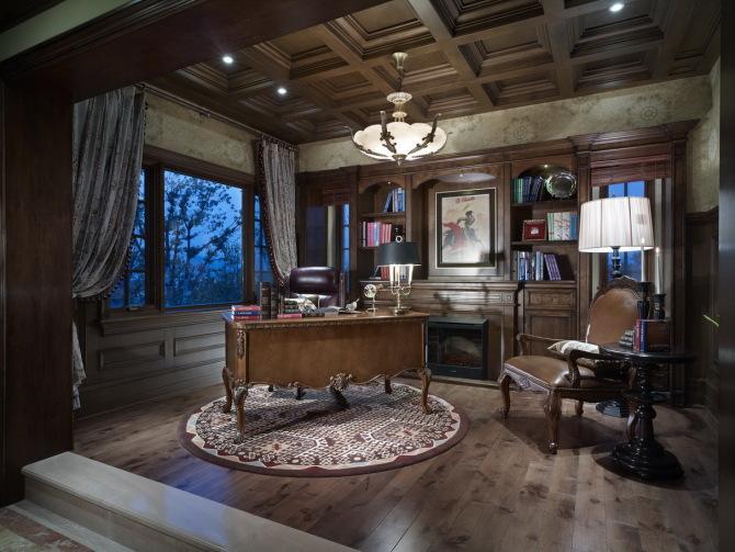 混搭风 古典情怀 品质感 书房图片来自九鼎建筑装饰工程有限公司成都分在224平的古典混搭风的分享