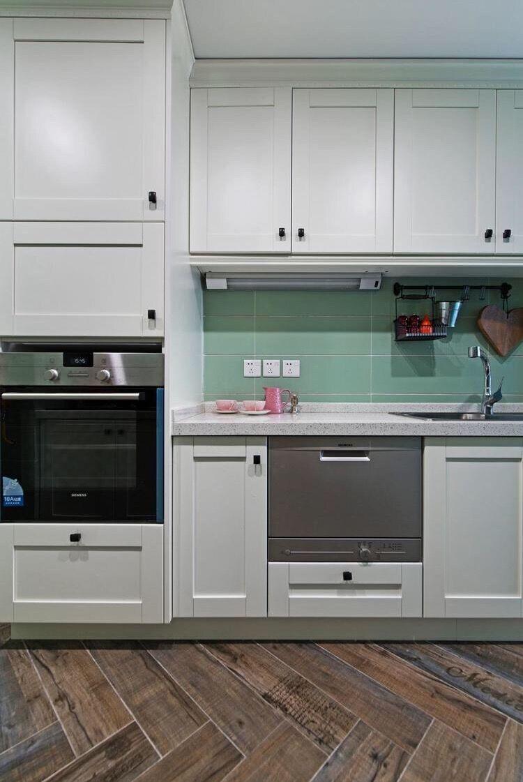 三居 简约 现代 银海华庭 140平 嘉年华装饰 厨房图片来自嘉年华装饰-叶彪在文化的底蕴的分享