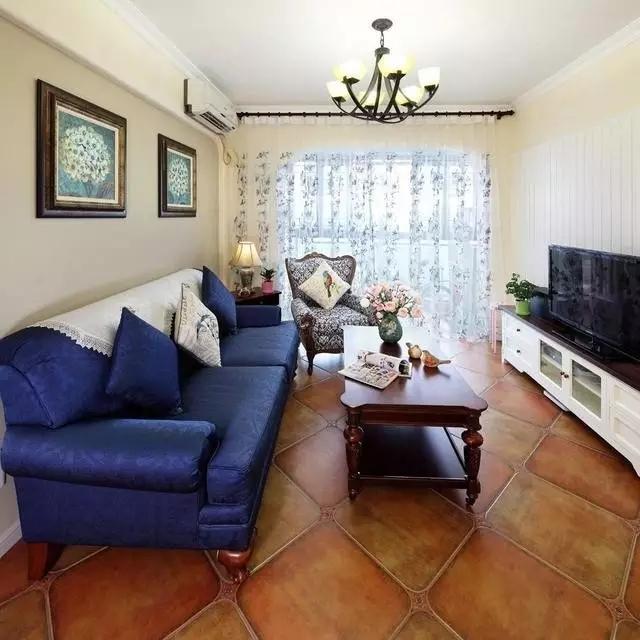 二居 地中海 客厅 60平 旧房改造 卧室 儿童房 蓝色 白色 客厅图片来自实创装饰晶晶在62平地中海,多种功能一步到位的分享