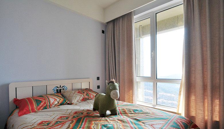 卧室图片来自家装大管家在素净又通透 89平简约时尚小三房的分享