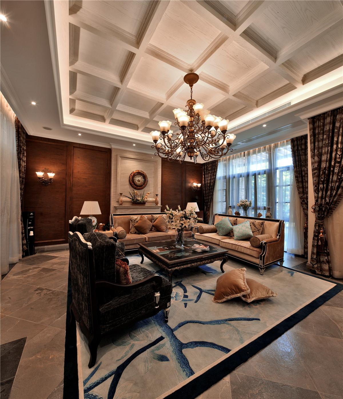 欧式 别墅 客厅图片来自名雕在水榭山欧式风格700平别墅装修的分享