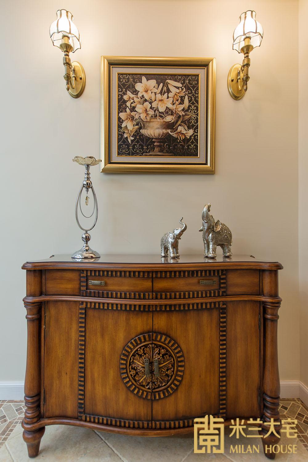 米兰大宅 复式 现代 美式 玄关图片来自米兰大宅设计会所在复式新中式的分享