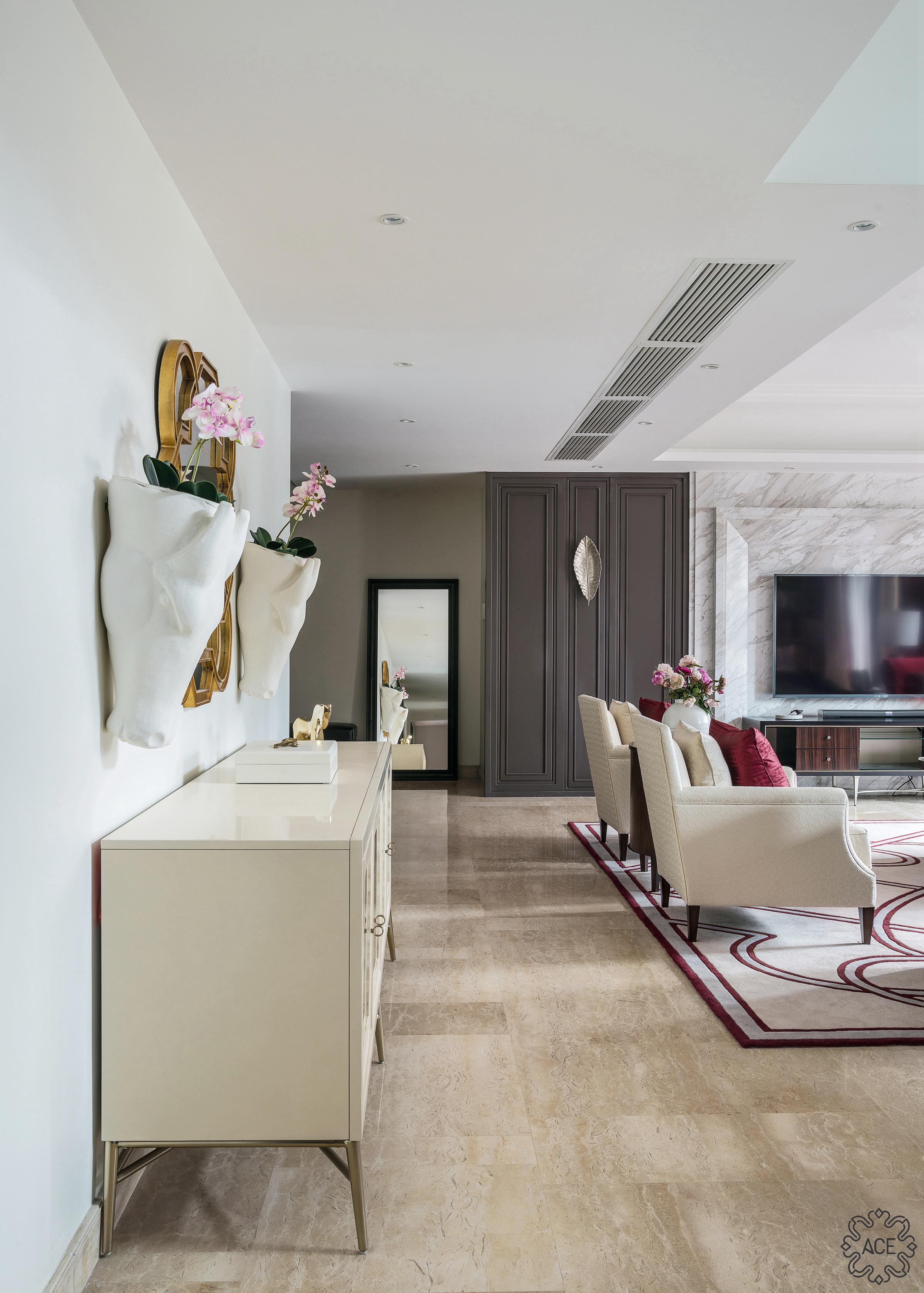 精装房改造 优雅住宅 气质 沉稳 客厅图片来自谢辉室内定制设计服务机构在家之新颜的分享