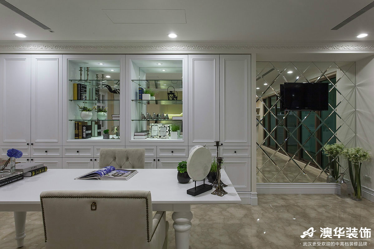 简约 书房图片来自澳华装饰有限公司在清江山水新古典风格的分享