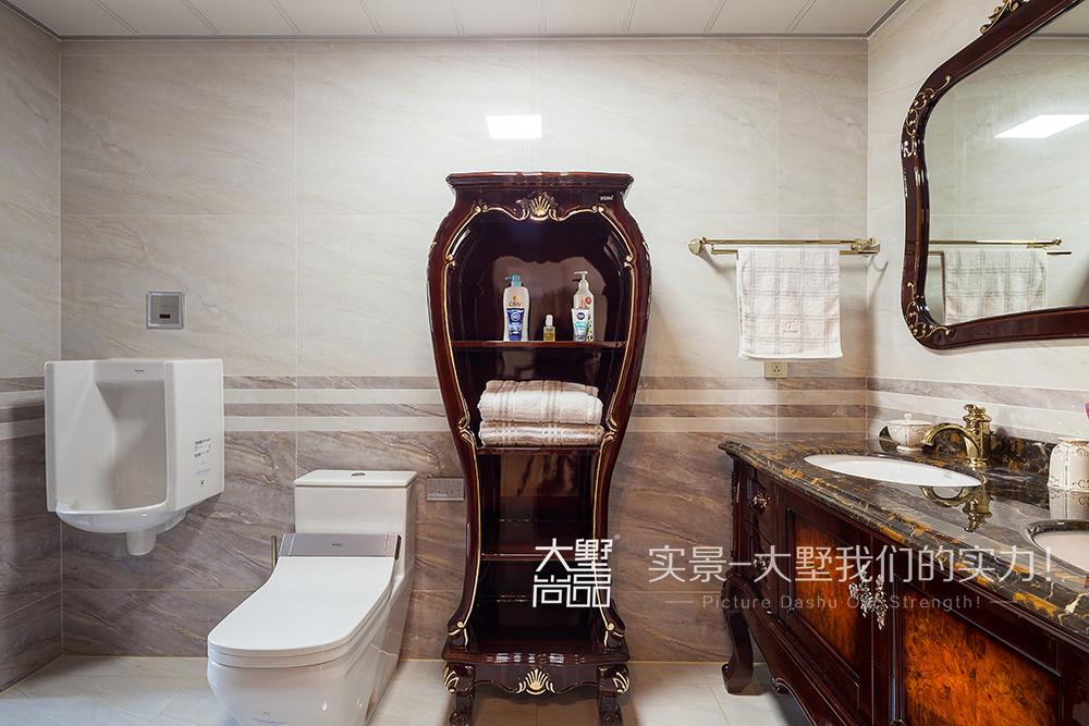 三居 新古典风 大墅尚品 由伟壮设计 卫生间图片来自大墅尚品-由伟壮设计在新古典风三居·朗朗大气的美宅的分享