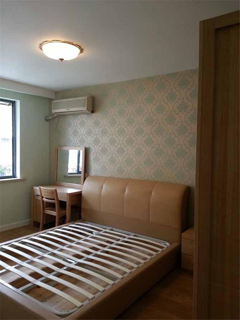 简欧 卧室图片来自四川幸福魔方装饰在皇冠国际-简欧的分享