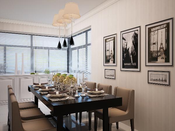 业主是四世同堂的家庭,设计师将格局稍作改动,在餐厅部分又分割了一个老人房出来,满足家人入住需求。所以餐厅部分面积不是很大,但是餐桌又要够大,