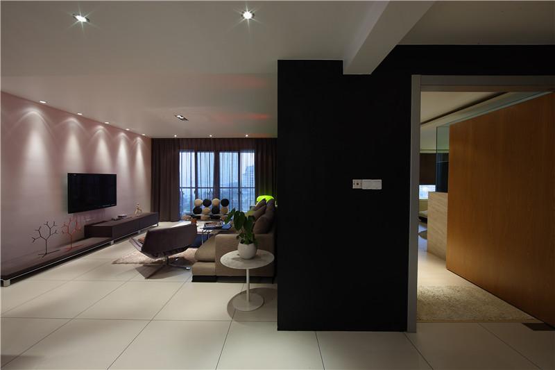 新现代 玄关图片来自四川幸福魔方装饰在正成东区1号-现代风格-四居室的分享