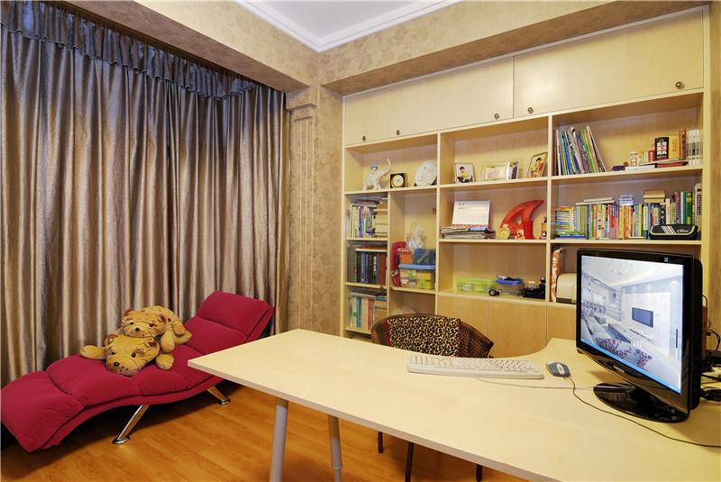 现代简约 书房图片来自四川幸福魔方装饰在戛纳湾金棕榈-现代简约的分享