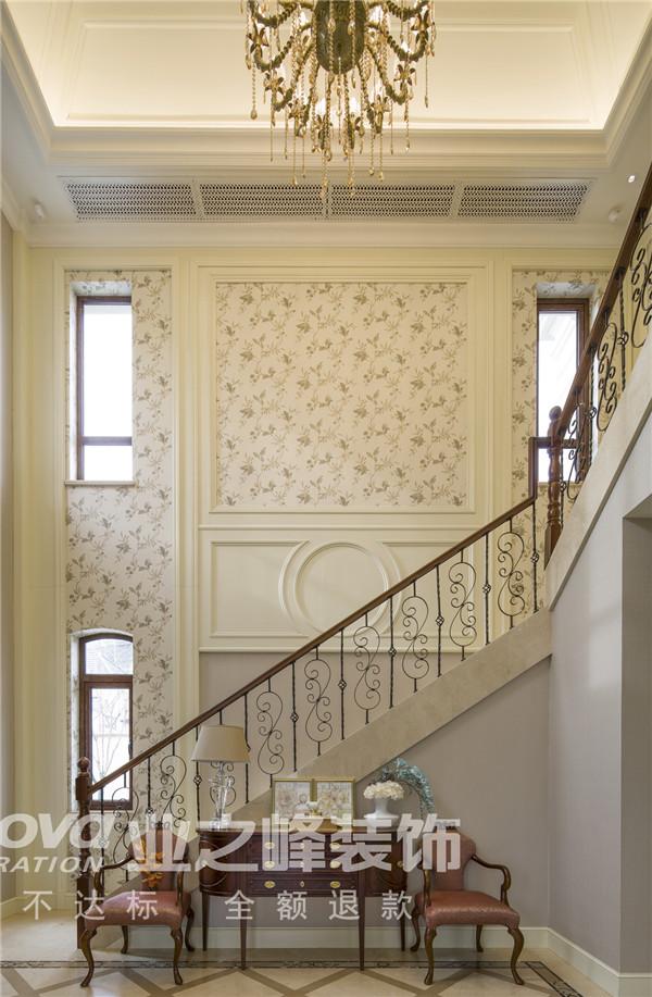 法式 太原业之峰 四居 楼梯图片来自太原业之峰小李在万达公馆法式风格设计装饰效果图的分享