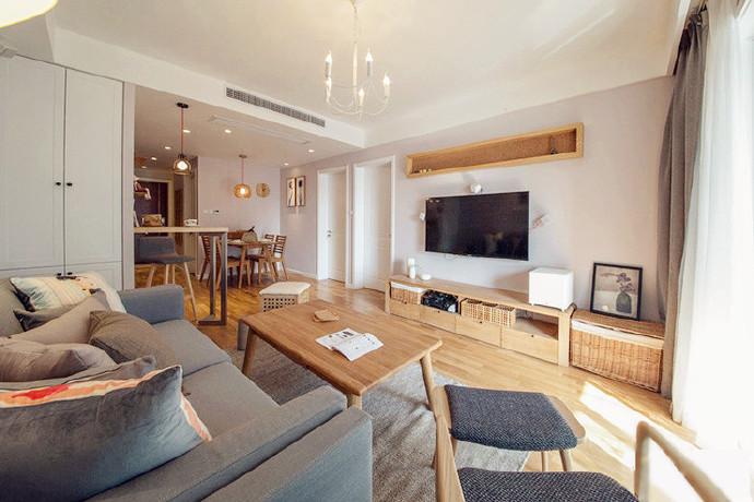 客厅图片来自广州泥巴公社装饰小方在原木生态家装的分享