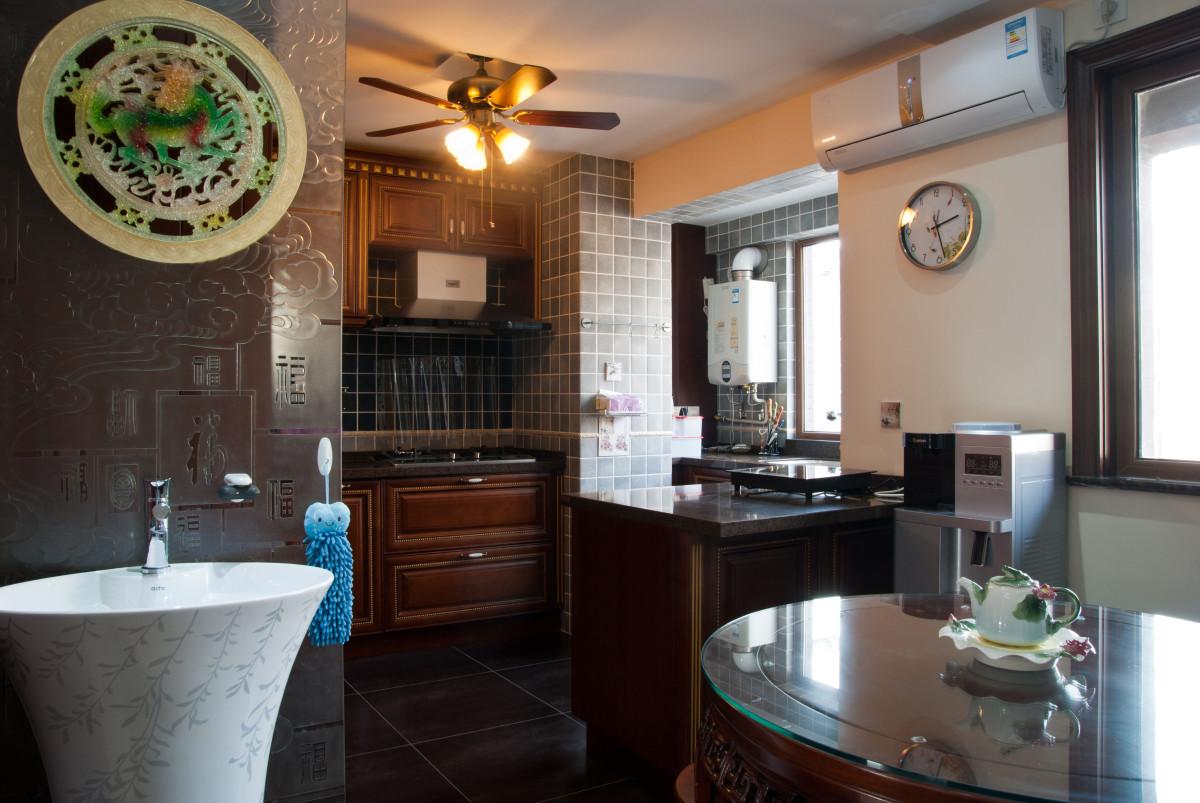 厨房图片来自北京居然元洲装饰小尼在万科中粮假日风景新中式实景的分享
