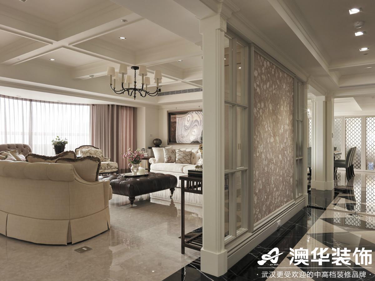 客厅图片来自澳华装饰有限公司在阳光100大湖第别墅美式风格的分享