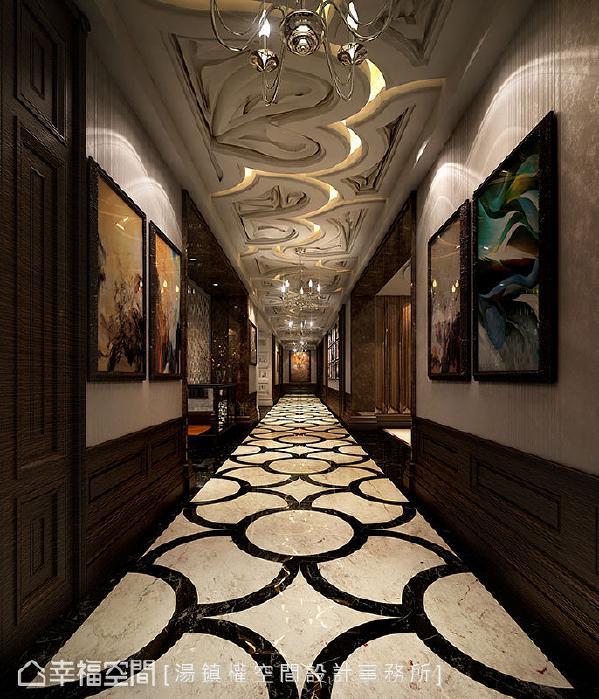 透过壁纸加上木皮壁板展现古典气息,搭配画作的展演,为空间注入艺术气息。 (此为3D合成示意图)