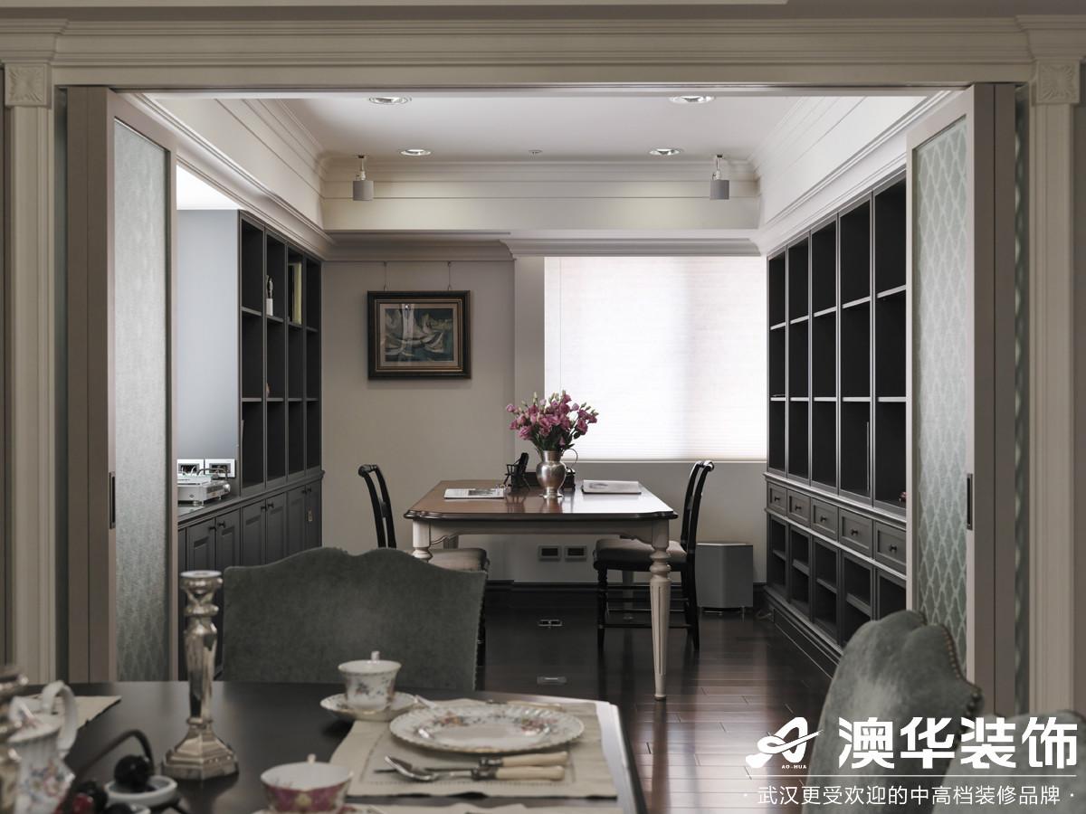 阳台图片来自澳华装饰有限公司在阳光100大湖第别墅美式风格的分享
