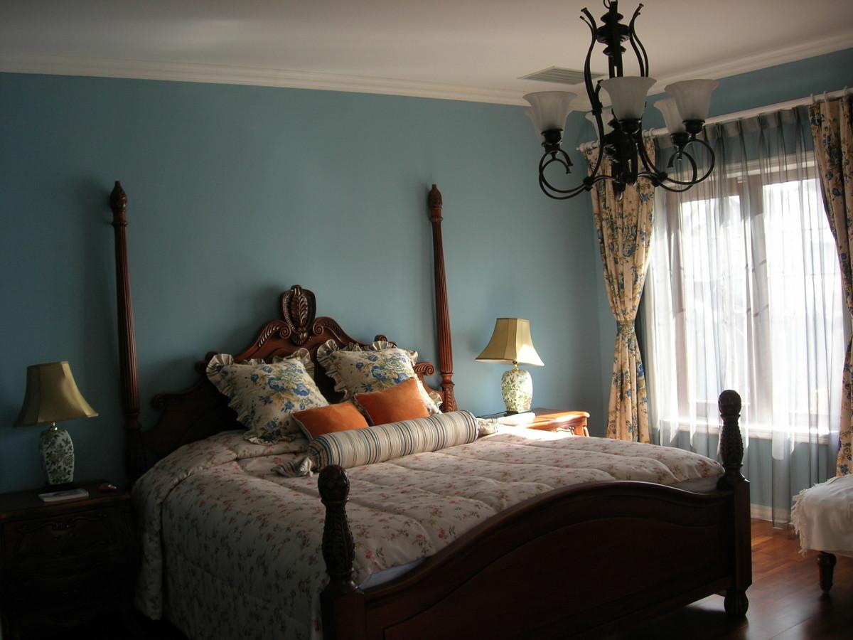 卧室图片来自北京居然元洲装饰小尼在惊艳之作200平复式美式混搭实景的分享
