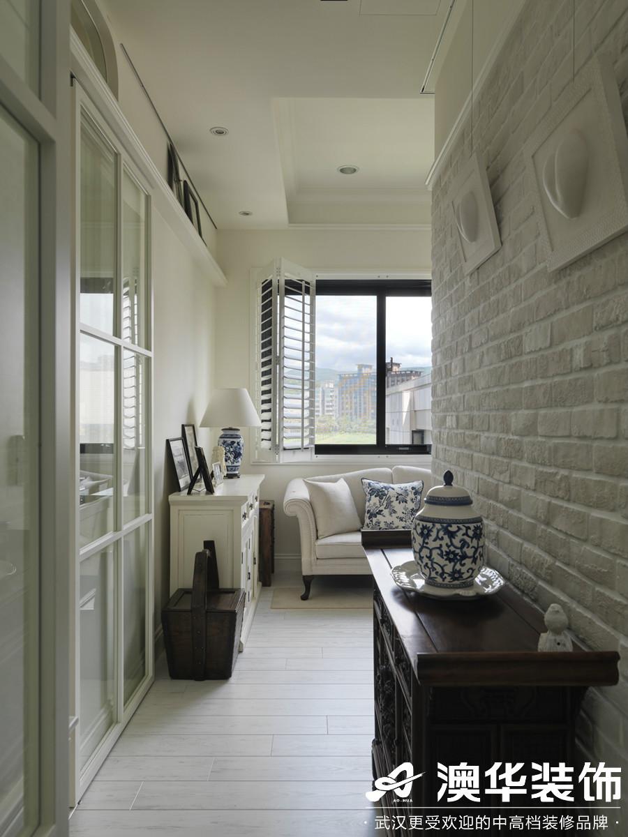 客厅图片来自澳华装饰有限公司在龙阳1号·美式风格的分享